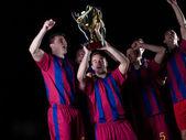 サッカー選手の勝利を祝って — ストック写真