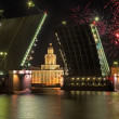 Palace bridge in Saint-Petersburg and fireworks — Stock Photo
