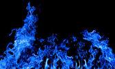Großbrand dunkel blau auf schwarz — Stockfoto