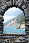 Ligurian coast. View from the old fortress in Portovenere town, — Stock Photo
