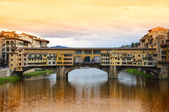 Ponte vecchio köprüsü, floransa, i̇talya — Stok fotoğraf