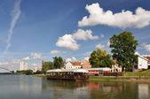 Minsk downtown across Svislotch river — Stock Photo