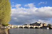 Pont-Neuf bridge in Paris — Stock Photo