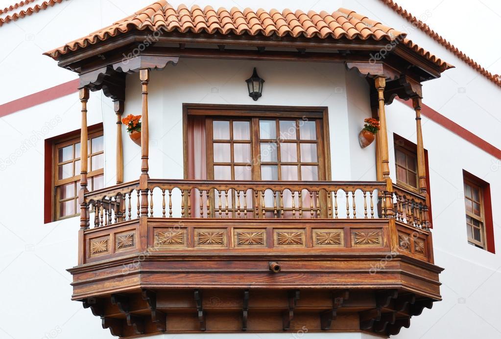 Traditional spanish balcony garachico tenerife canaries for Balcony in spanish