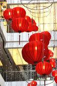 Centrum handlowe zdobione latarnie na chiński nowy rok — Zdjęcie stockowe