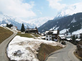 Spring in Engelberg, famous Swiss skiing resort — Stock Photo