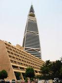 Moderno edifício no er riyadh, arábia saudita — Foto Stock