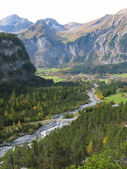 Majestic Alpine view in Kandersteg region, Switzerland — Stock Photo