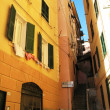 Narrow street of Camogly, Italy - Foto Stock