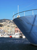 Ocean liner in the port of Genoa, Italy — Stock Photo