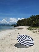 Beach scene. Langkawi island, Malaysia — Stock Photo