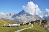 Mountain trails. Jungfrau region, Switzerland — Stock Photo