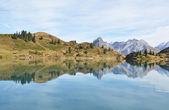 Beautiful Alpine lake. Switzerland — Stock Photo