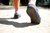 Chodzenia lub biegania nogi — Zdjęcie stockowe