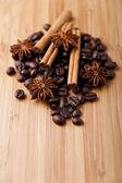 Coffee and vanilla background — Stock Photo