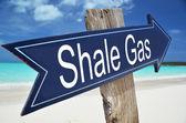SHALE GAS sign on the beach — Zdjęcie stockowe
