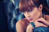 Beautyful young woman portrait. jewerly and diamonds — Stock Photo