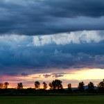 Dark storm clouds — Stock Photo