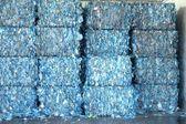 Plastic bottle recycling — 图库照片