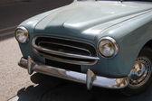 Eski model fransız araba — Stok fotoğraf