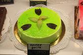 Fransız bir dükkanda lüks pastane — Stok fotoğraf