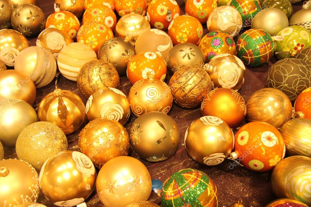 Pile of glass, handpainted christmas ornaments in various colors  Stockfoto #18390863