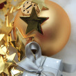 Christmas gift and decorations — Stockfoto