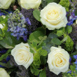 Blue White Flower arrangement for a wedding — Lizenzfreies Foto
