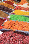Candied fruit at a market stall — Foto de Stock