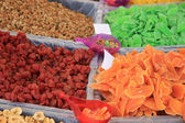 Candied fruit at a market stall — Stock Photo