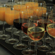 Drinks at a wedding reception — Stockfoto