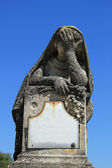 Statue at a cemetery — Stock Photo