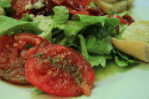 Goat cheese tomato salad — Stock fotografie