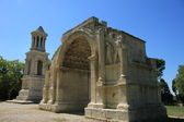 L'arc de triomphe de glanum — Photo