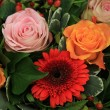 Roses and gerberas in a wedding arrangement — Stock Photo
