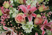 Pink and white bridal arrangement — Stock Photo