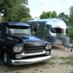 Classic car and caravan — Stock Photo
