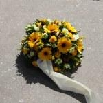Yellow sympathy flowers — Stock Photo #44568979