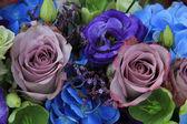 青と紫のブライダル ブーケ — ストック写真