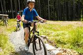 Chicas en bicicleta — Foto de Stock