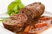 Nadívané hovězí maso a zelenina — Stock fotografie