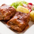 Roasted ribs and vegetables — Stock Photo #32970565