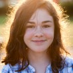 Cheerful girl outdoor — Stock Photo #33047061