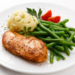 Roast chicken breast, mashed potatoes and green beans — Stock Photo #33217955