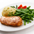 Roast chicken breast, mashed potatoes and green beans — Stock Photo #33218015