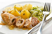 Chuleta de cerdo relleno asado y verduras — Foto de Stock
