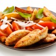 Grilled chicken breasts with vegetables — Stock Photo
