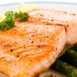 Grilled salmon and asparagus — Stock Photo