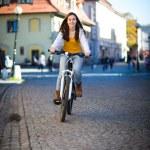 ciclismo urbano — Foto de Stock   #33604213