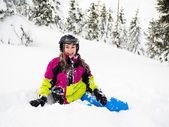 Teenage girl skiing — Stock Photo